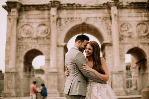 giovane coppia matrimonio roma